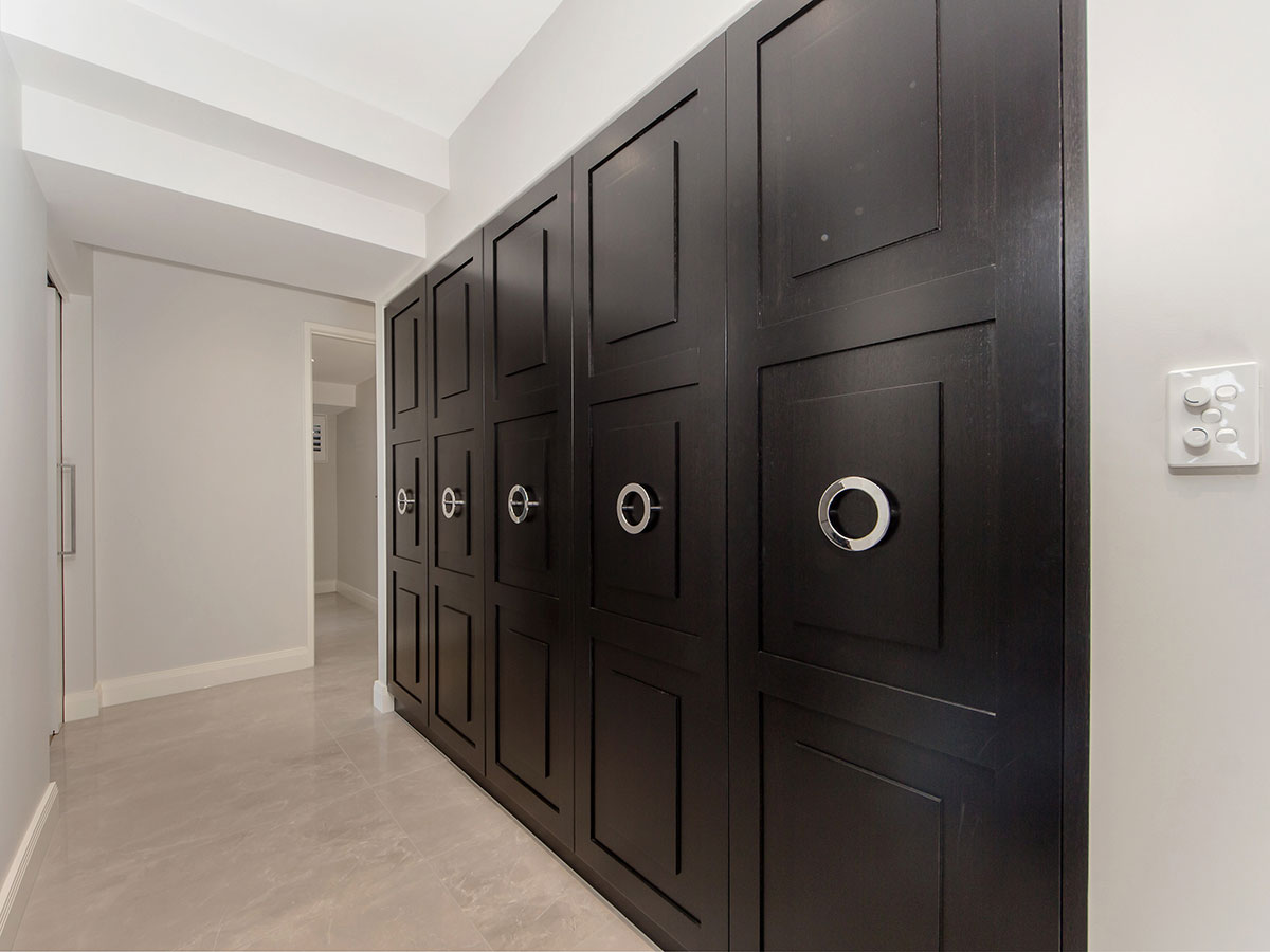Click to enlarge image 6-Storage-Cupboards.jpg